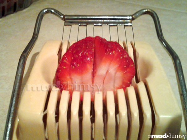 slicing strawberries, step 5