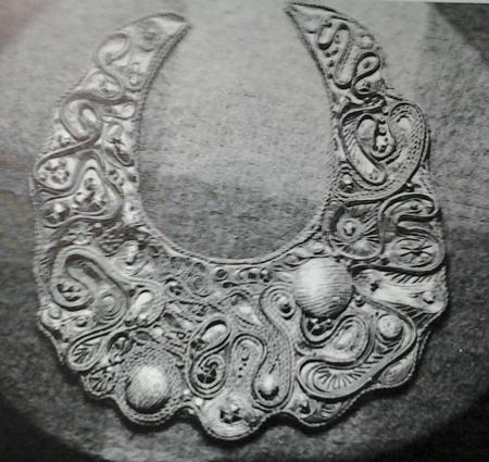 neckpiece by Bucky King