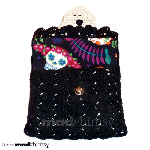 wee skull purse 02
